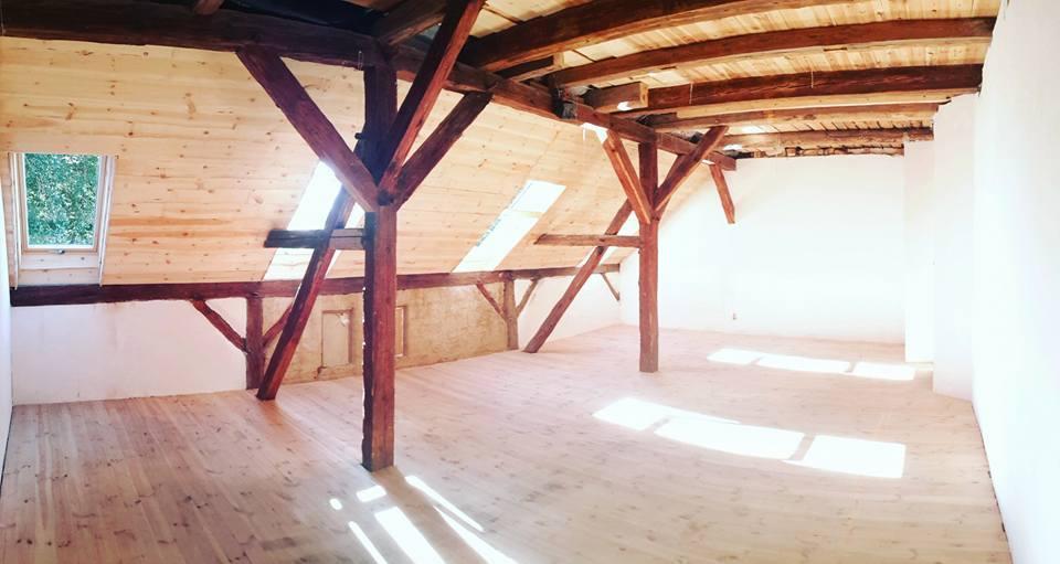 salon na pierwszym pietrze